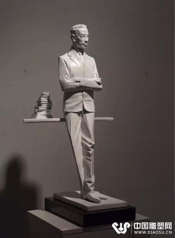 著名雕塑家原广州美术学院雕塑系副主任李汉仪,著名雕塑家原广州雕塑